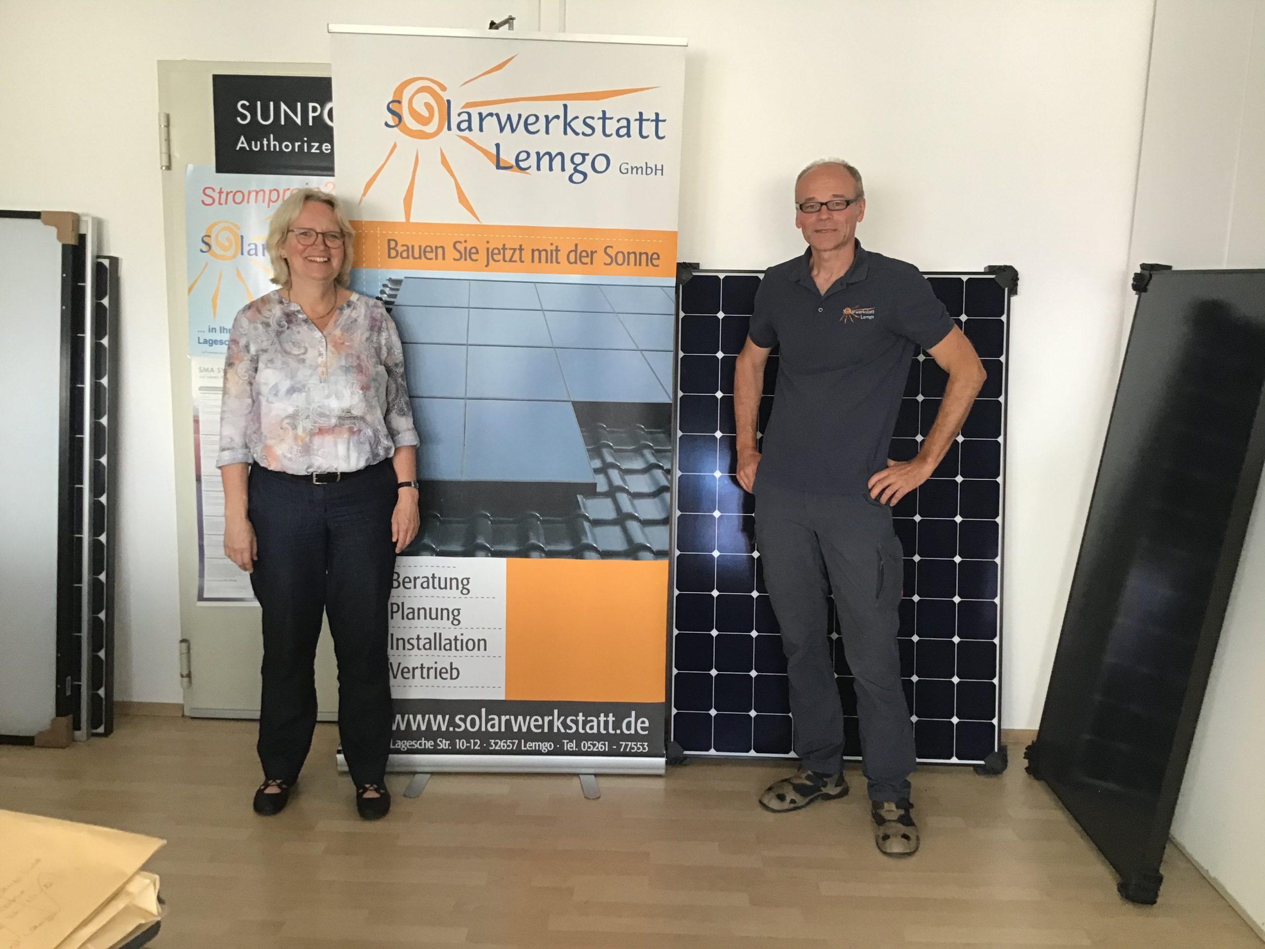 Katharina Kleine Vennekate zu Besuch bei der Solarwerkstatt