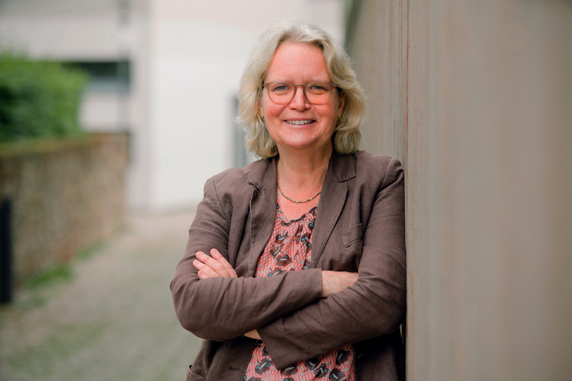 Portrait Bürgermeisterkandidatin Katharina Kleine Vennekate